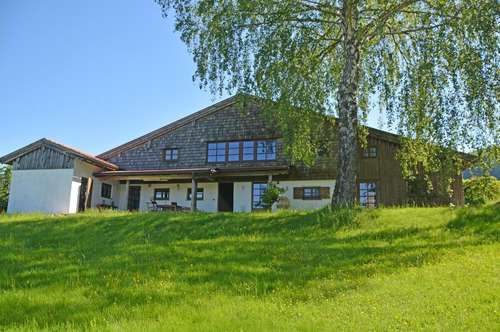 Weites Land.....Sehnsuchtsort mit Seeblick! Bauernhaus-Romantik in vollendeter Schönheit