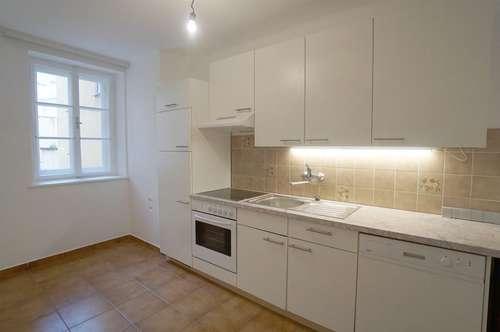 KAIVIERTEL - VERGNÜGEN! Helle 3-Zimmer-Wohnung inmitten der Stadt Salzburg
