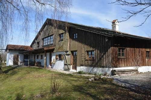 OBERHOFEN AM IRRSEE: Bauernhaus-Romantik  in vollendeter Schönheit!