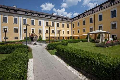 Elegantes Wohnen  im Schloss Mondsee - Zweitwohnsitz! Maisonette mit Badeplatzanteil