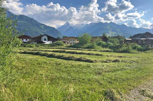 Perfekter Baugrund in Zell am See mit Kitzsteinhorn-Panorama