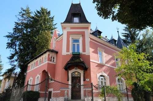 Historische Jahrhundertwende Villa im Saggen