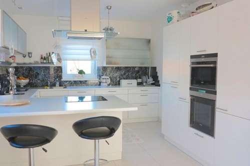 Moderne und luxuriöse Doppelhaushälfte