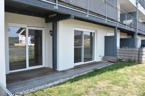 Traumhafte 3- Zi.-Wohnung mit Terrasse und Garten