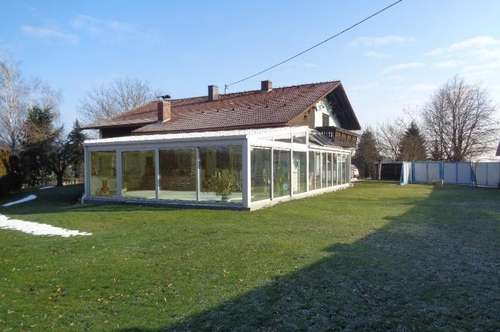 Top - 1-2 Familienhaus - großer Garten - Pool