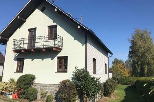 Älteres gepflegtes Einfamilienhaus in schöner Siedlungslage