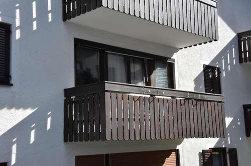 Schöne Garconniere mit Balkon
