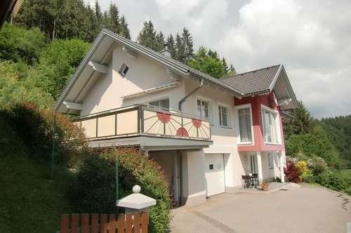 Neuwertiges Einfamilienhaus in Ruhelage!