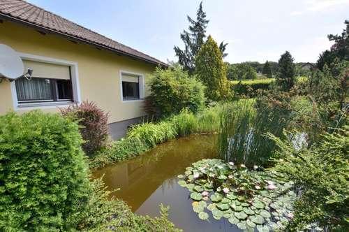 """""""GRÜNOASE MIT VIEL FREIRAUM!"""" Massives Einfamilienhaus auf einem 1590 m² Grundstück (Doppelparzelle), 15 Min. nach Korneuburg!"""