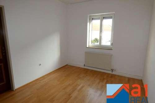 Helle 2- Zimmerwohnung in Asten!