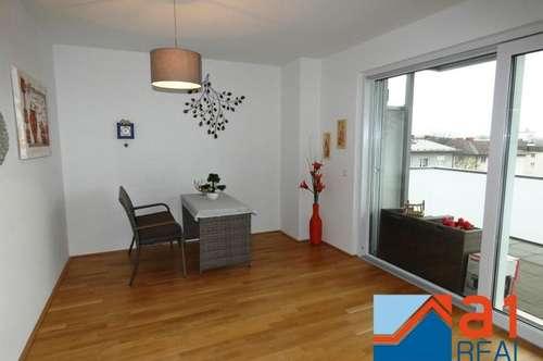 Exklusive Wohnung mit Balkon und Parkplatz!