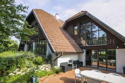 3832-Ruhig gelegenes, extravagantes Einfamilienhaus