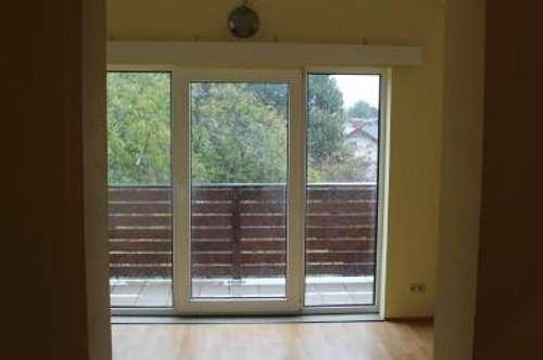 Dachgeschosswohnung mit kleinem Balkon in absoluter Ruhelage