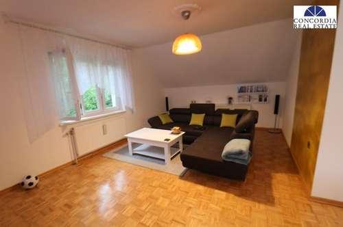 3 Zimmer Wohnung mit eigenen Garten