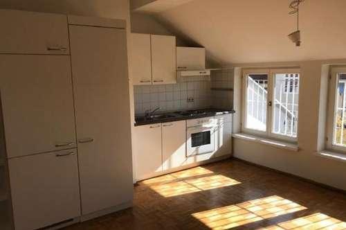 3 Zimmer DG-Wohnung Nähe TU Graz ab sofort verfügbar.