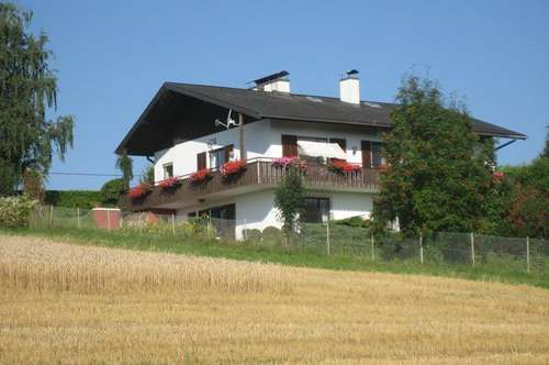 Großes Haus, viel Grund, optimal für Großfamilie mit Kinder und Tiere!