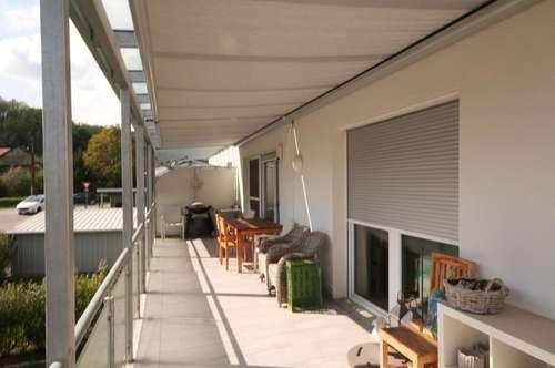 Top 4 Zimmer Wohnung mit 33m² großem Balkon & Carport + Stellplatz