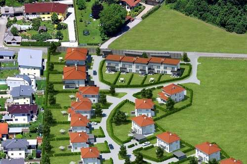 SONNSEITIG wohnen - Doppelhaushälfte inkl. Carport und Keller!