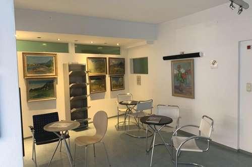 Zahnarztpraxis oder Bürogebäude in Jenbach