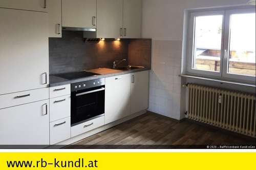 KUNDL Zentrum - ERSTBEZUG nach Renovierung - Geräumige Dachgeschosswohnung zur MIETE