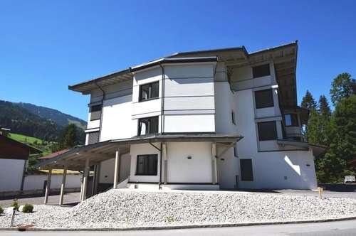 ERSTBEZUG - Bezaubernde 3-Zimmer-Wohnung Top 7 in zentraler Sonnenlage und Skiliftnähe