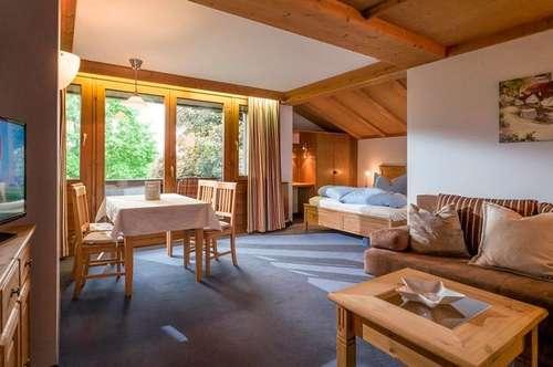 2 Zimmer Wohnung in zentraler und doch ruhiger Panoramalage