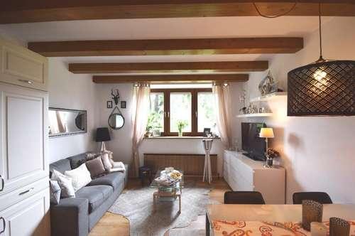 Sehr schöne 2 Zimmer Wohnung in zentraler und doch ruhiger Lage