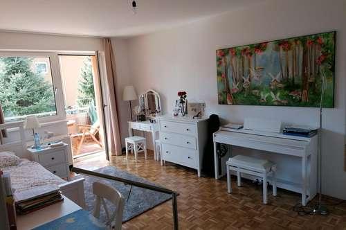 Frauental: Helle, geräumige 4 Zimmer Wohnung mit Balkon