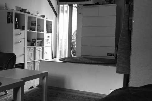 Anlageobjekt/Vermietet! Gepflegte 1 Raum Wohnung mit Balkon in zentraler Lage