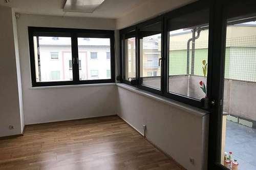 Deutschlandsberg: gepflegte 3 Zimmer Wohnung mit Balkon und Tiefgarage