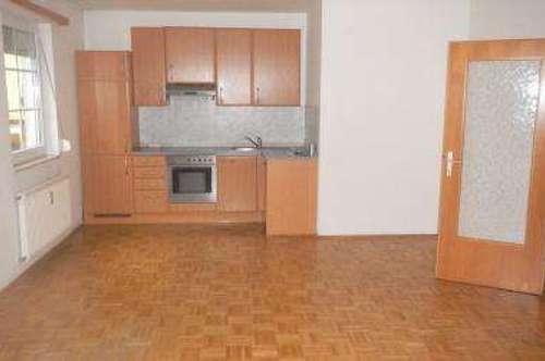 Hörmsdorf: helle, gepflegte 2 Zimmer Erdgeschoss Wohnung