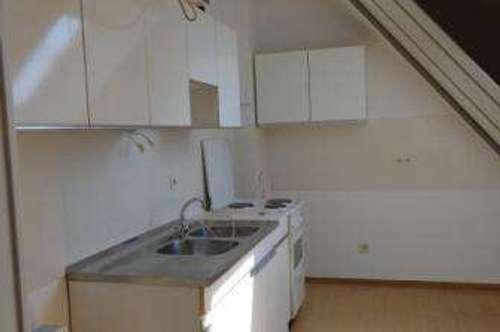 Gleinstätten: helle, renovierte Wohnung in zentraler Lage