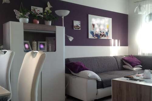 Deutschlandsberg: moderne, kernsanierte 3 Zimmer Wohnung mit Balkon und Carport in ruhiger Aussichtslage