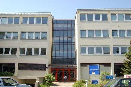 Schöne Flächen in modernem Bürohaus