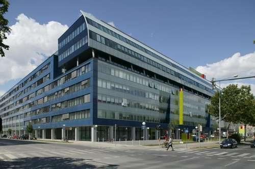 Modernes Bürohaus in der Lassallestraße