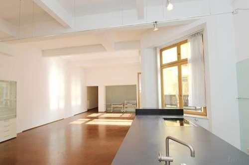 Etwas Besonderes: 155 m² Loft mit großer, ruhiger Innenhofterrasse im Herzen des 7. Bezirks!