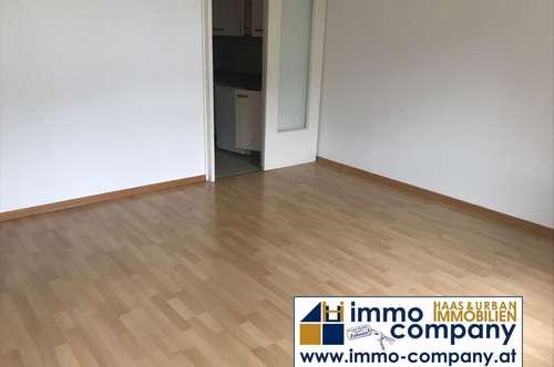 Schwaz/ Rehammergasse: Garconniere, ca. 35 m² Wfl., 6 m² Süd-Ostbalkon, Allgemeinparkplätze, ab Feb 2020