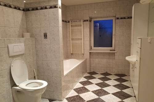 TOP MIETGELEGENHEIT MIT GARTENBENÜTZUNG – Große Wohnung mit 3 Zimmer nur wenige Minuten von Wiener Neustadt