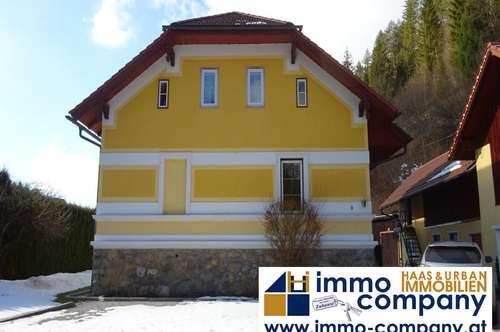 Herrenhaus mit dem Charme vergangener Tage - als Lebensmittelpunkt oder als Ferienwohnhaus