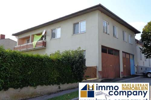 geräumiges, bezugsfertiges Einfamilienhaus mit Balkon in der Ortsmitte von Bernstein