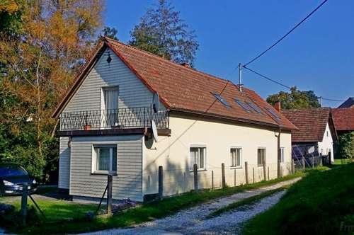 St.Marienkirchen/Polsenz : Älteres Einfamilienhaus - Wfl 150m² - Garten mit Bach - Garage !