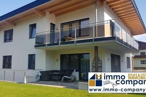 KUNDL exklusiver Neubau mit 2 Wohneinheiten je 140 m² Wnfl., 850 m² Gfl.