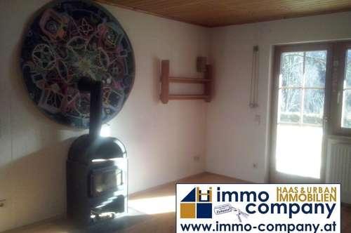 Keutschach: Nette kleine Wohnung mit Terrasse und Gartenbenutzung!!!