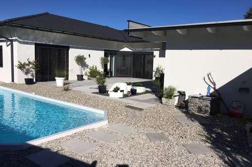 Gmunden/Scharnstein : Modernes, neuwertiges Einfamilienhaus in Traumlage !