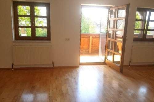 THAUR feine Kleinwohnung mit Balkon - ab sofort verfügbar