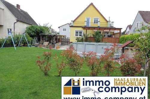 Einfamilienhaus mit schönen Garten und Pool