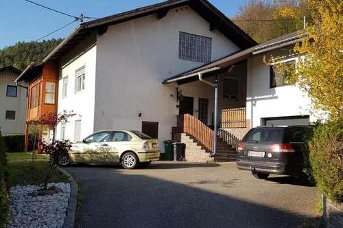 Wohnhaus mit Garten in ruhiger Siedlungslage