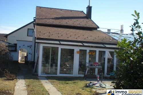 Haus mit großem Grundstück in Neusiedl am Steinfelde!