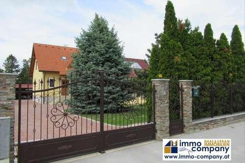 Familienfreundliches Einfamilienhaus mit vielen Extra´s - Straßhof