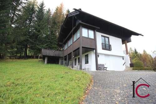 Wunderschönes Landhaus mit Einliegerwohnung in idyllischer Waldrand- und Aussichtslage in Skipistennähe